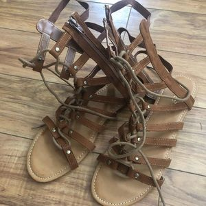 Women's gladiator shoes size 10